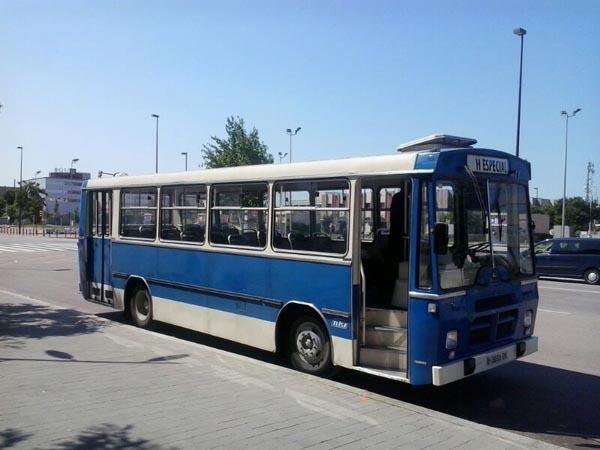 autocar-autobus-clasico-para-rodajes-spots-sealand-motion-01