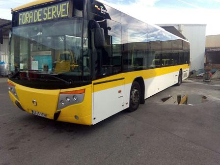 alquiler-autobus-actual-europeo-para-rodajes-publicidad-spots-cine-sealand-motion