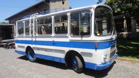 alquiler-autocar-clasico-espanol-para-rodajes-cine-spots-peliculas-fotos-sealand-motion
