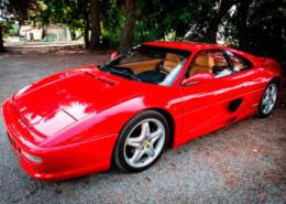 alquiler-ferrari-355-rojo-vehiculos-escena-spots-publicidad-cine-videoclips-eventos-sealand-motion