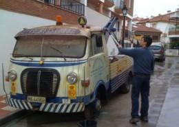alquiler-camion-grua-avia-2500-vehiculos-escena-rodajes-videoclips-cine-peliculas-eventos-spots-catalogos-fotos-sealand-motion