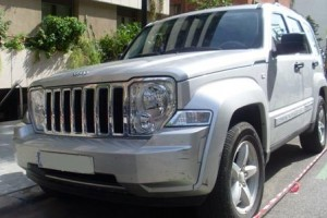 jeep-cherokee-limited-crd-alquiler- vehiculos- escena -coches rodajes- sealand motion