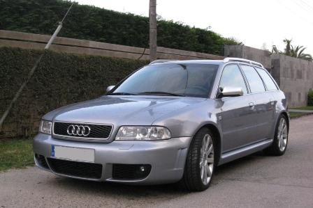 audi-rs4-b5-alquiler- vehiculos- escena -coches rodajes- sealand motion