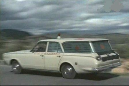dodge-sw-ambulancia-alquiler- vehiculos- escena -coches rodajes- sealand motion