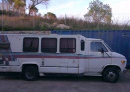 gmc caravana alquiler vehiculos escena rodajes videoclips peliculas cine catalogos fotos eventos spots sealand motion