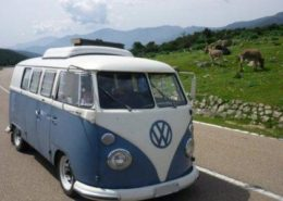 alquiler-vehiculos-escena-volkswagen-t1-azul-spots-cine-publicidad-videoclips-sesiones-fotos-sealand-motion