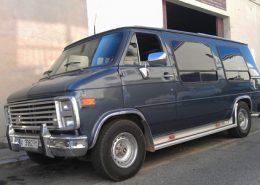 chevy-van-fugoneta-americana-azul-vehiculos-escena-rodajes-cine-publicidad-eventos-sealand-motion