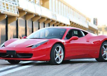 alquiler-ferrari-458-rojo-coches-rodajes-spots-cine-publicidad-moda-videoclips-sealand-motion
