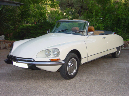 alquiler-coche-citroen-ds-cabrio-clasico-vintage-frances-vehiculos-escena-rodajes-publicidad