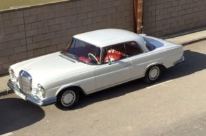 alquiler-mercedes-se-coupe-europeo-aleman-clasicos-vehiculos-escena-para-rodajes-fotos-cine-publidad-sealand-motion