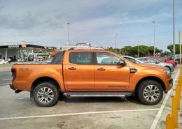 alquiler-pickup-actual-americana-para-rodajes-en-barcelona-cine-spots-fotos-sealand-motion