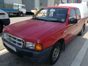 alquiler-pickup-ford-ranger-roja-volante-derecha-vehiculos-escena-spots-cine-publicidad-videoclips-moda-catalogos-sealand-motion