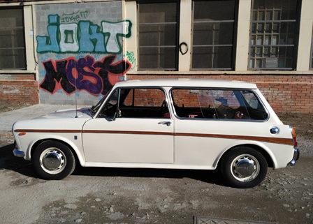 coche-ingles-clasico-para-rodajes-spots-foto-cine-sealand-motion