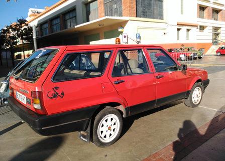 se-alquila-coche-familiar-antiguo-para-rodajes-vehiculos-de-escena-sealand-motion