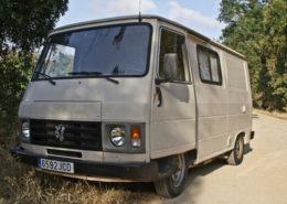 se-alquila-furgoneta-peugeot-antigua-europea-francesa-para-rodajes-spots-publicidad-peliculas-sealand-motion