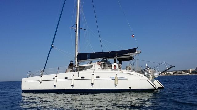 alquiler-catamaran-para-spots-anuncios-vieoclips-eventos-peliculas-cine-embarcaciones-sealand-motion-06