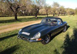 alquiler-jaguar-E-Type-negro-vehiculos-escena-coches-rodajes-spots-videoclips-cine-moda-peliculas-sealand-motion-02