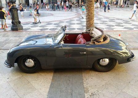alquiler-porsche-356-cabrio-escena-coches-rodajes-spots-videoclips-cine-moda-peliculas-sealand-motion-01