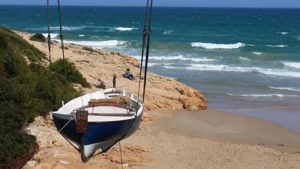 barcos-para-rodajes-sealand-motion-spot-estrella-dam-cala-romana-ancora-barca-de-escena-02