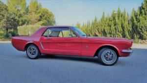 alquiler-coches-clasico-Ford-Mustang-rojo-coupe-americano-vehiculos-anuncios-cine-moda-eventos-videoclips-sealand-motion