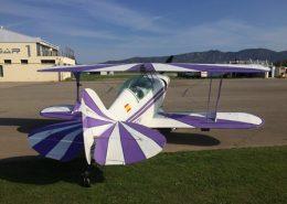 alquiler-avioneta-acrobatica-lila-y-blanca-pitts-S2A-rodajes-sealand-motion-01