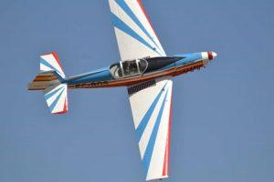 alquiler-avioneta-acrobatica-zlin-z526-rodajes-sealand-motion-01
